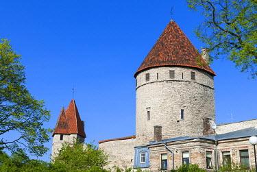 EU35NTO0133 The old city walls of the Old Town of Tallinn, UNESCO World Heritage Site, Estonia, Baltic States