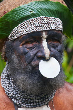 OC12MRU0125 Tribal chief, Pajo, Mount Hagen, Highlands, Papua New Guinea, Pacific