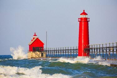 US24RDY0003 Grand Haven South Pier Lighthouse at sunrise on Lake Michigan, Ottawa County, Grand Haven,  Michigan, USA