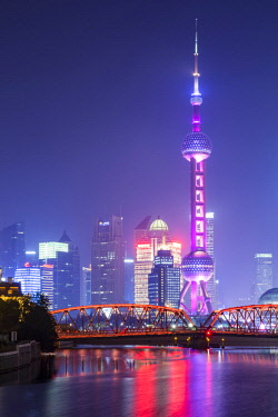 CN03627 Oriental Pearl Tower and Waibaidu bridge, Pudong, Shanghai, China