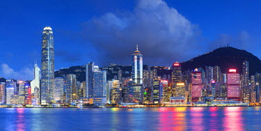 CH10668AWRF Skyline of Hong Kong Island, Hong Kong, China