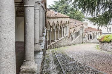 ITA9579AW europe, Italy, Friuli-Venezia-Giulia. The arcades of the Piazzale del Castello in Udine.
