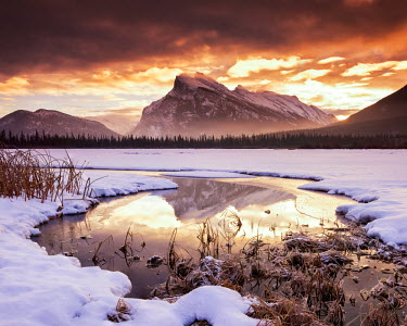 CAN3081AW Mt. Rundle at Sunrise, Vermilion Lakes, Banff, Alberta, Canada
