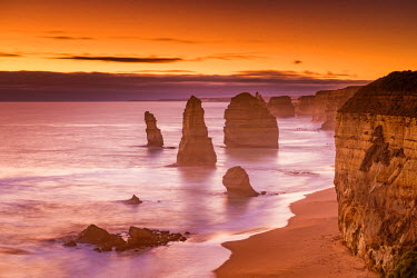 AUS2489AW The Twelve Apostles at Sunset, Great Ocean Road, Australia