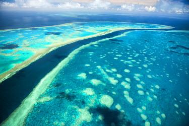 AUS2531AW Great Barrier Reef, Queensland, Australia