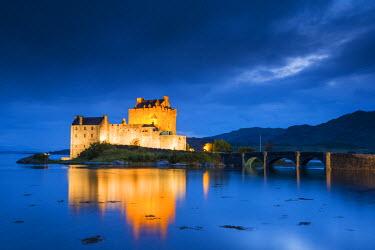 SCO34479AW Eilean Donan Castle st Night, Dornie, Highland Region, Scotland