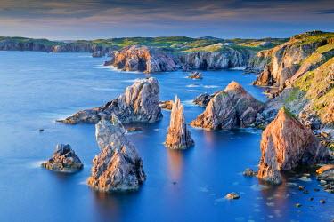 SCO34489AW Mangersta Sea Stacks, Isle of Lewis, Outer Hebrides, Scotland