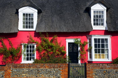 ENG13755AW Thatched Cottage, Cavendish, Suffolk, England