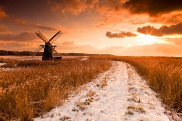 ENG13782AW Herringfleet Mill in Winter, Suffolk, England