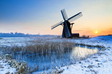 ENG13863AW Herringfleet Mill in Winter, Suffolk, England
