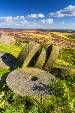 ENG13960AW Millstones, Stanage Edge, Peak District National Park, Derbyshire, England