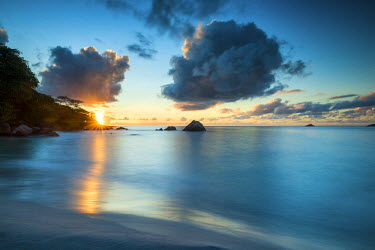SEY1037AW Sunset at Anse Lazio Beach, Praslin, Seychelles