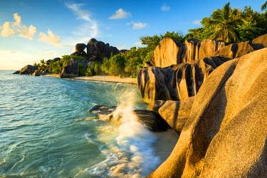 SEY1038AW Anse Source d' Argent, La Digue, Seychelles