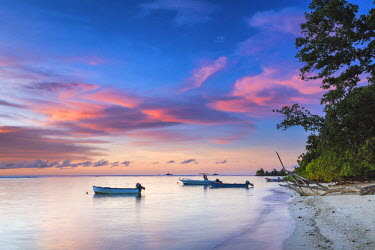 SEY1045AW Boats at Sunset, La Digue, Seychelles