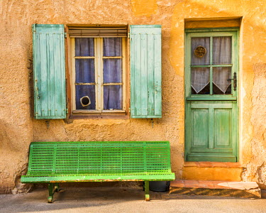 FRA9445AW Green Door, Bench & Shutters, Roussillon, Provence, France