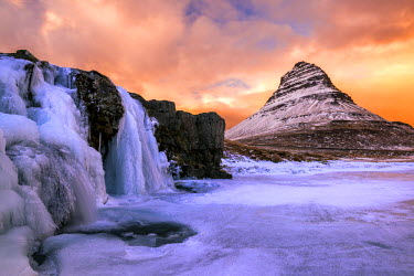 ICE3968AW Frozen Waterfall and Kirkjufell at Sunset, Iceland