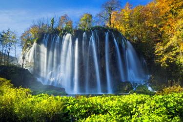 CRO1529AW Cascading Waterfall in Autumn,  Plitvice National Park, Croatia