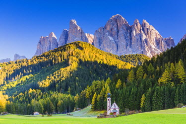ITA9756AW St. Johann Church,  Val di Funes, Dolomites, South Tyrol, Italy