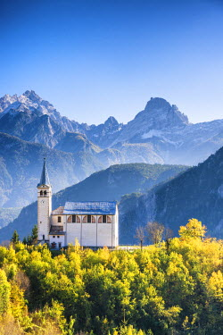 ITA9762AW Church in Valle di Cadore, Dolomites, South Tyrol, Italy