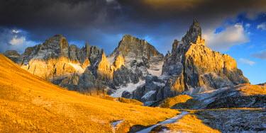 ITA9783AW Pale di San Martino, Dolomites, South Tyrol, Italy