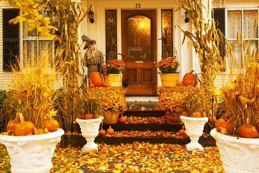 USA11819AW Porch in Autumn, Woodstock, Vermont, USA