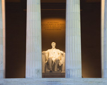 USA11912AW Lincoln Memorial, Washington DC, USA