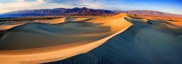USA11945AW Mesquite Dunes, Death Valley National Park, California, USA