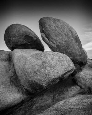 USA11950AW Three Boulders, Alabama Hills, Lone Pine, California, USA