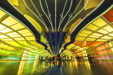 USA11986AW Chicago O'Hare Airport Architecture, Illinois, USA