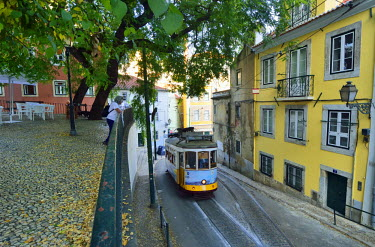POR9086AW The famous tramway number 28 in Alfama district. Lisbon, Portugal (MR)