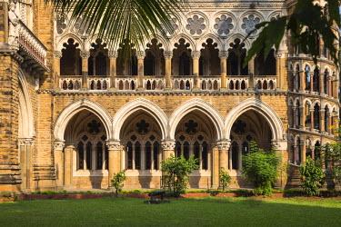 IN07073 India, Maharashtra, Mumbai, Fort area, University of Mumbai, designed by Gilbert Scott who designed London�s St Pancras train station