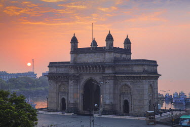 IN07086 India, Maharashtra, Mumbai, View of Gateway of India