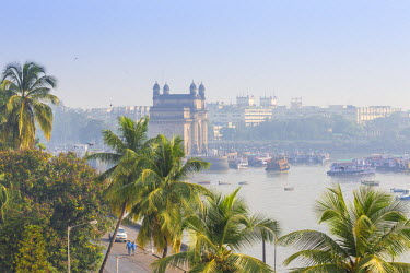 IN07140 India, Maharashtra, Mumbai, View of Gateway of India