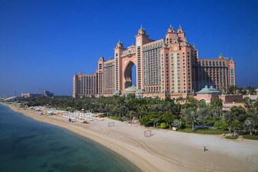 UE01739 United Arab Emirates, Dubai, Palm Jumeirah island, Atlantis the Palm