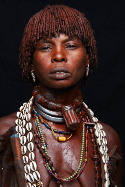 ETH3135AW Hamer woman, Ethiopia, Africa
