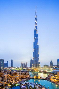 HMS1960388 United Arab Emirates, Dubai, Burj Khalifa skyscraper Burj Dubai or designed by the U.S. firm SOM, 828m high, which opened on 4 January 2010.