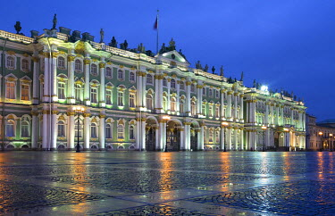 HMS0214631 Russia, Saint Petersburg, Winter Palace, hosting the Hermitage Museum, built by Bartolomeo Rastrelli (1754 - 1762), listed as World Heritage by UNESCO