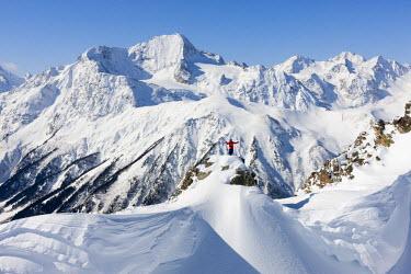 HMS2472756 Russia, freeride ski in Caucasus