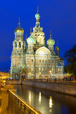 HMS1182316 Russia, Saint Petersburg, listed as World Heritage by UNESCO, Church of the Saviour on Spilled Blood at Dusk