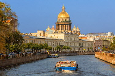 HMS1182404 Russia, Saint Petersburg, listed as World Heritage by UNESCO, river Moika and St. Isaac's cathedral
