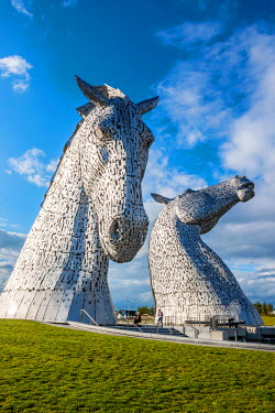 SCO34259AW The Kelpies are 30-metre high horse-head sculptures, standing next to a new extension to the Forth and Clyde Canal, and near River Carron, in The Helix, Scotland
