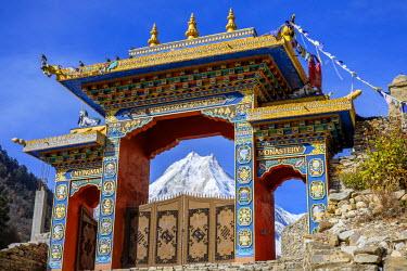 HMS2140787 Nepal, Gandaki zone, Manaslu Circuit, between Prok and Lho, the Mount Manaslu (alt.8156m) from the village of Lho (alt.3180m) and Ribung Gompa monastery
