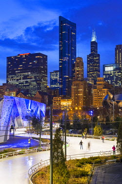 USA12086AW USA, Illinois, Chicago. The Maggie Daley Park Ice Skating Ribbon on a cold Winter's evening.