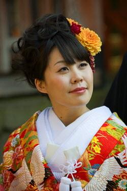 HMS0331256 Japan, Honshu Island, Kinki Region, city of Nara, young bride