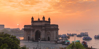 IN07142 India, Maharashtra, Mumbai, View of Gateway of India