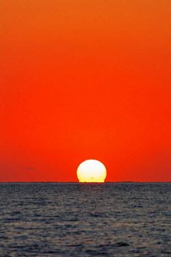 MAD0774 Africa, southern Madagascar, Anakao, sunset