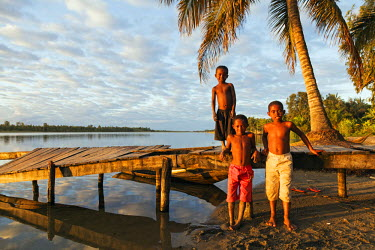 MAD1040 Africa, (easthern) Madagascar, Tamatave, Pangalanes Lakes canal system
