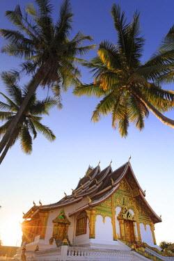 LS02033 Laos, Luang Prabang (UNESCO Site), Wat Mai Temple