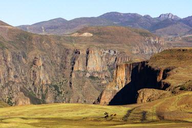 LES1182 Africa, Lesotho, canyon at Maletsunyane Falls