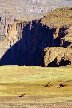 LES1183 Africa, Lesotho, canyon at Maletsunyane Falls